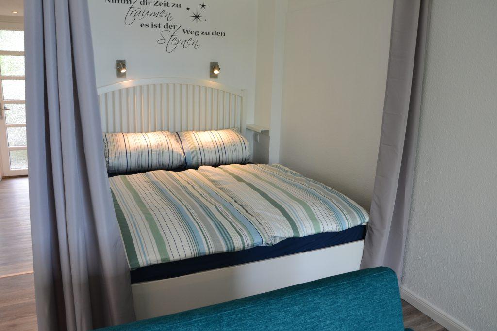 Traumblick_1_Wohnzimmer_Schlafbereich