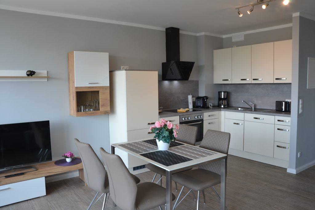 Ostseeblick_A-16_Küche- Essbereich